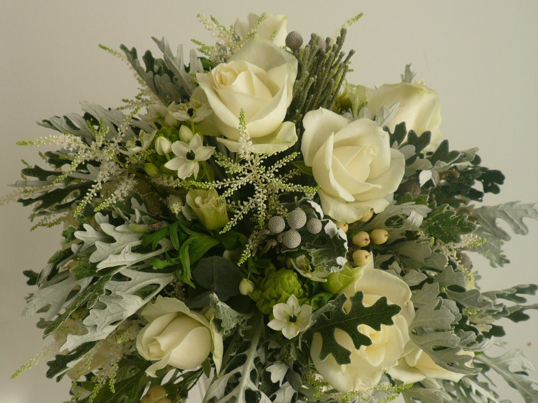 Brides Floral Design Flowers In Romsey Hampshire Wedding Florist